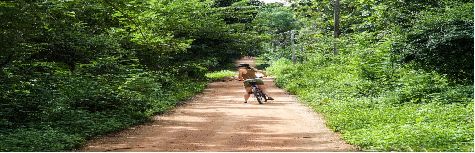 srilanka bike tour-min