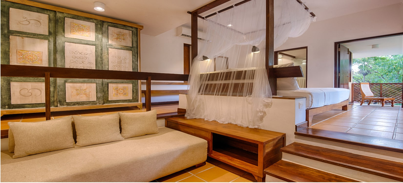 Classic Room with treatments -min