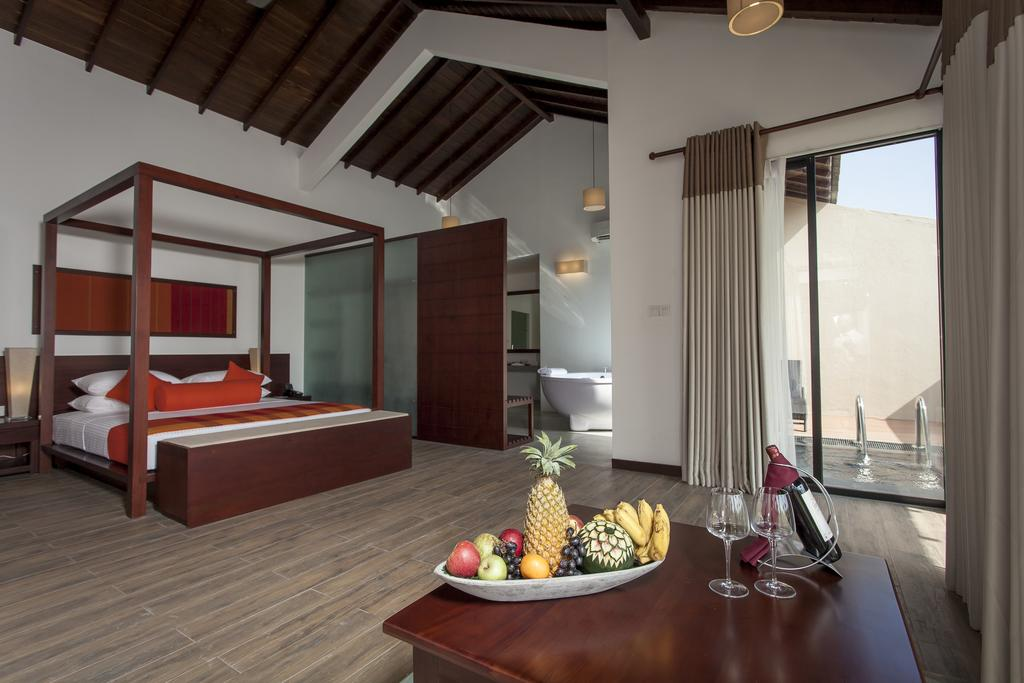 The Calm Resort & Spa suite