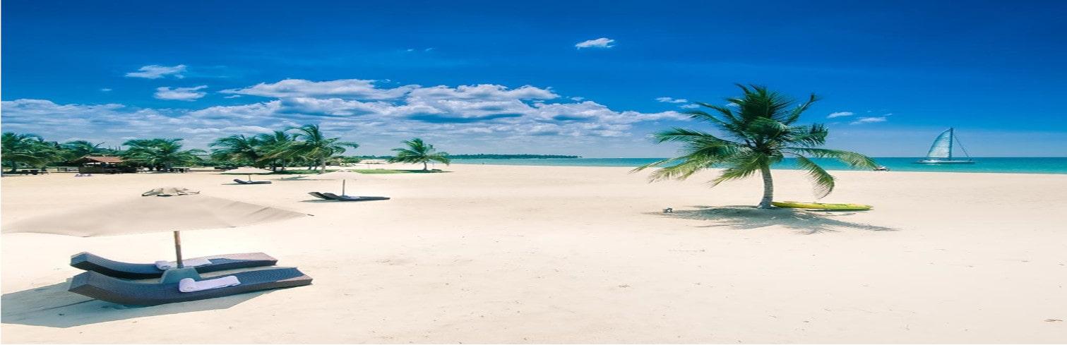 uga bay sandy beach-min